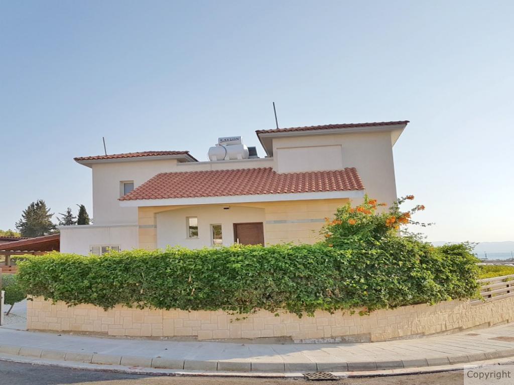 فيلا 137 m² في بافوس