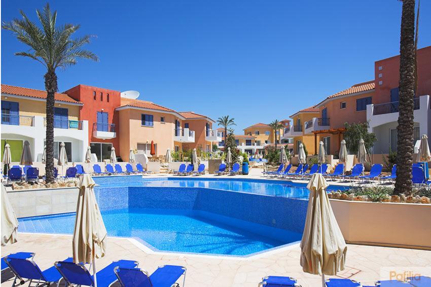Отель или апартаменты в греции что выбрать