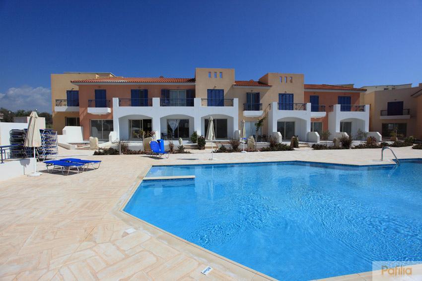Покупать недвижимость греции